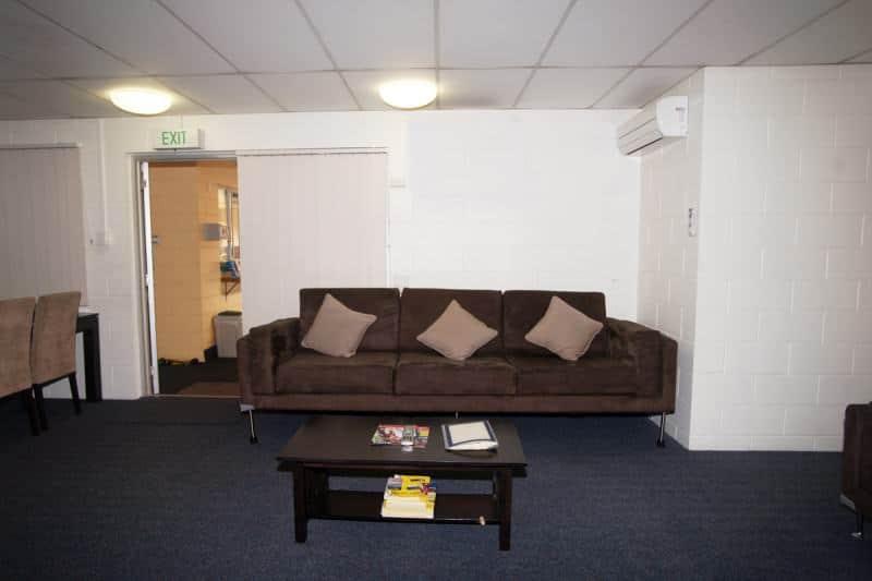Group Accommodation - Motel Accommodation Townsville - Cedar Lodge Motel