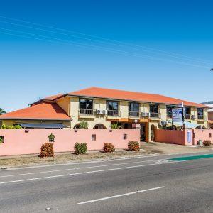 Motel Room Accommodation Townsville - Cedar Lodge Motel
