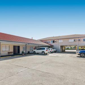 Motel Accommodation Townsville - Cedar Lodge Motel